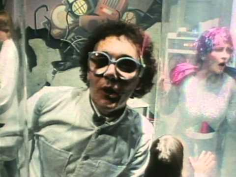 The Buggles - Video Killed The Radio Star - YouTube