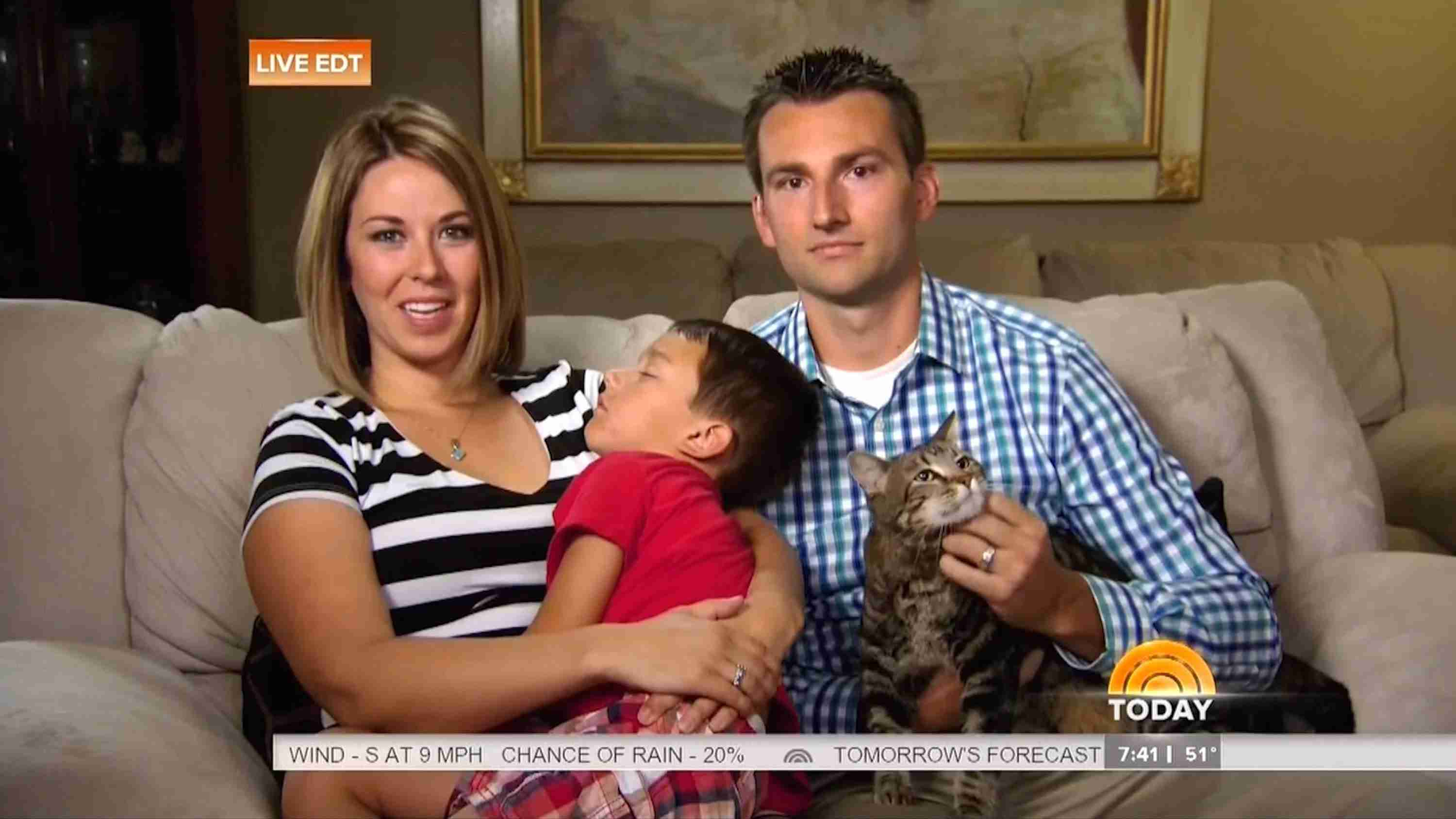 Hero House Cat Saves Boy From Dog Attack - Today Show - May 15 2014 - YouTube
