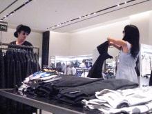 小島瑠璃子、モデル・ロビンとの熱愛否定「たくさんいる友達の一人」