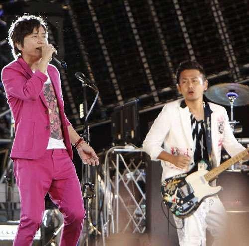 ポルノ15周年ライブ「四十にして惑う」 - 音楽ニュース : nikkansports.com