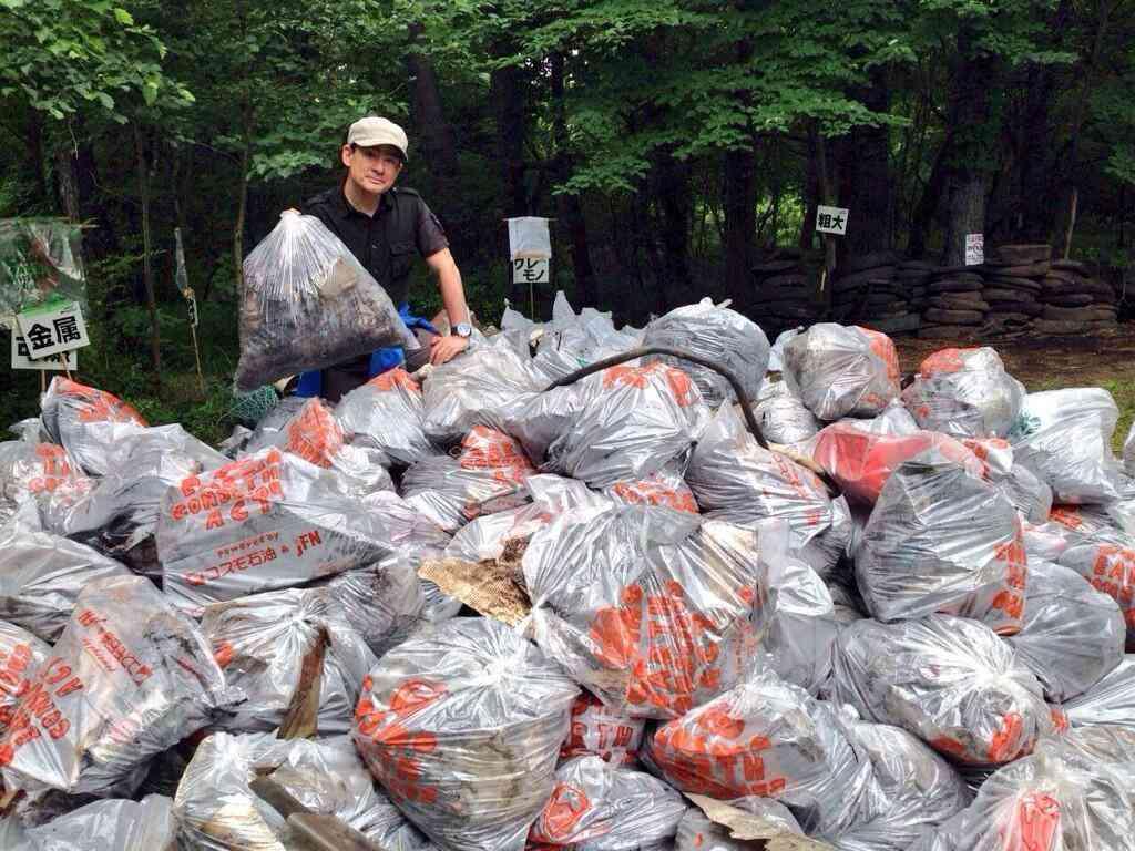 富士山に投棄されるゴミの量がヤバイ!「このまま放っといたら富士山の世界遺産は時間の問題で取り消しになるだろう」