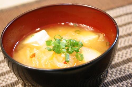 料理が下手なメシマズ嫁の衝撃レシピランキング 1位「巨峰の味噌汁」