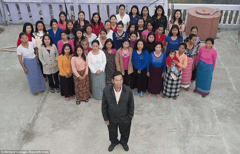 世界最多!? 39人の妻、94人の子ども、33人の孫と暮らす男