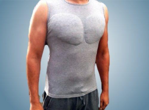着るだけでマッチョに見えちゃうアンダーシャツ