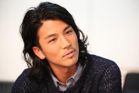 EXILE・岩田剛典、連ドラ初出演「役者とパフォーマーを両立していきたい」