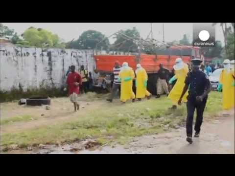 Video: Ebola patient escapes medical centre, spreads panic in Monrovia (Liberia) - YouTube