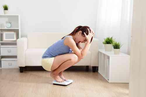 思春期に「デブ」と言われたストレスは9年続くと判明
