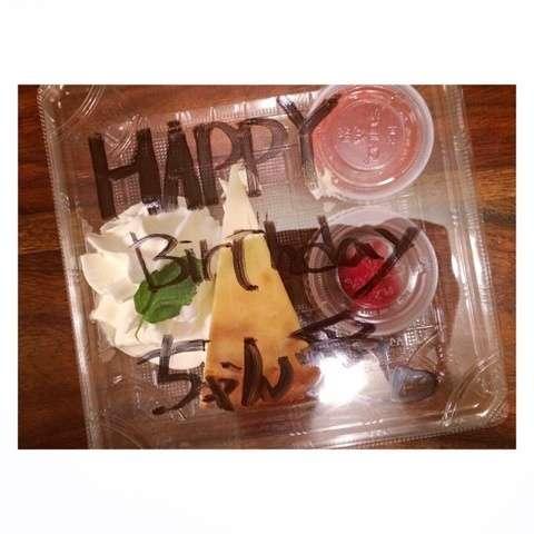 結婚して半年、あべこうじが高橋愛に贈った誕生日ケーキ