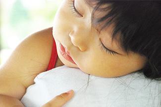 韓国の「明示的」家族政策と日本の「暗黙的・個別主義的」な子育て支援策 | nippon.com