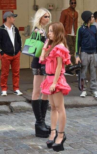 紗綾(20歳)、デング熱を乗り越え初めてのファッションショー出演もスタイルがヤバすぎる…