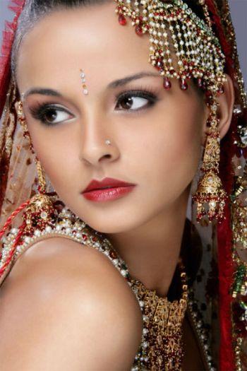 美人8人の写真を合成した『世界一の美女』、ネットユーザー「ありふれている」