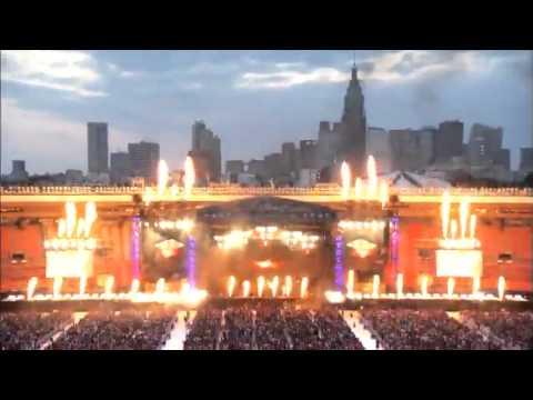 L'Arc~en~Ciel LIVE at  国立競技場 - YouTube