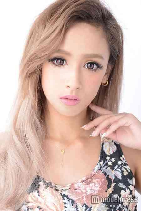 「超絶カワイイ」と話題のモデル・矢野安奈、専属モデル抜擢! 8kg減の美ボディ&脅威の小顔アピール