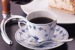 スターバックス史上最も高いコーヒー登場!1杯1850円