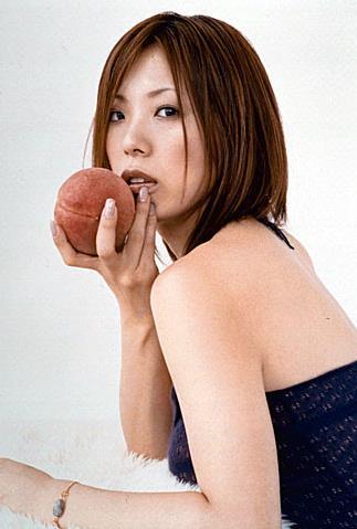歌手の古内東子(41歳)が第1子妊娠を発表「幸運なことに」
