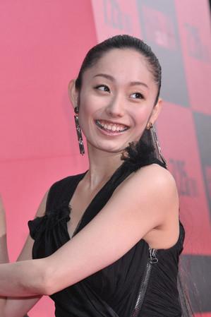 安藤美姫「仕事ください!」実弟の俳優デビューに営業奔走 (女性自身) - Yahoo!ニュース
