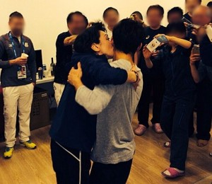 橋本聖子氏、慰留され連盟会長続投…キス騒動については「決して悪い雰囲気ではなかった」