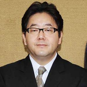 AKB48襲撃事件から1カ月、秋元康がついに沈黙破った「臨床心理士が付きっきり」「傷ついた彼女たちは立ち上がり、前に進んだ」