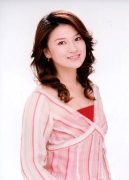 朝ドラヒロイン・土屋太鳳、役作りで髪バッサリ!「しっかり修業します」