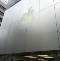 【iPhone6行列】アップルストア銀座で大勢による割り込み発生か? 中国人男性が憤慨し意外な証言 - エキサイトニュース
