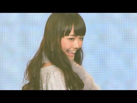 松井愛莉、ラブリ、筧美和子が登場!「東京ランウェイ 2014 AUTUMN/WINTER」Dear Princxess - YouTube