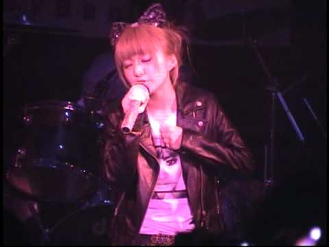 「Microphone」 2010/8/29 by浜崎あゆみコピーバンドguilty - YouTube
