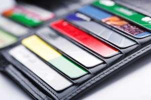 ポイントカードは「お金が貯まらない習慣」…メガバンク元行員が「すべて捨てよ」と警鐘