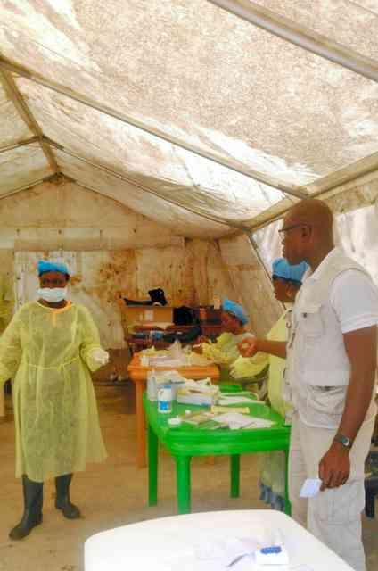 エボラちゃんついに神聖化し「偶像崇拝」!南アフリカ人激怒