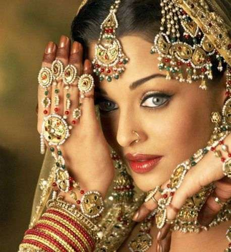 インド一の美女がバナナの木と結婚--人民網日本語版--人民日報