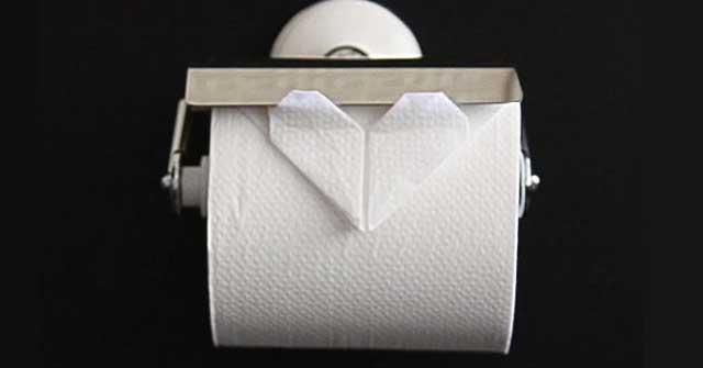 三角折りはもう古い?トイレットペーパーで作るハート型 | BuzzNews(バズニュース)