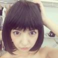 """板野友美が""""新曲""""のジャケット写真を撮り終える。『フォトブック』、映画『くるみ割り人形』と大忙し。"""