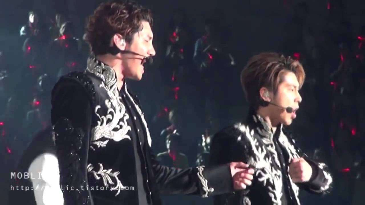 TVXQ!_(東方神起) - SCREAM - YouTube
