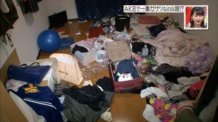 """AKBグループ""""汚ドル""""1位!SKE48・谷真理佳(18歳)の部屋が汚すぎると話題に…"""