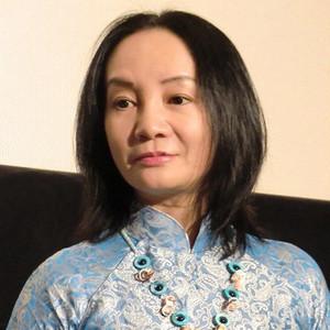 岩井志麻子、離婚で子供を手放し後悔。実の娘から「恥ずかしい人」と軽蔑され、口もきいてもらえず