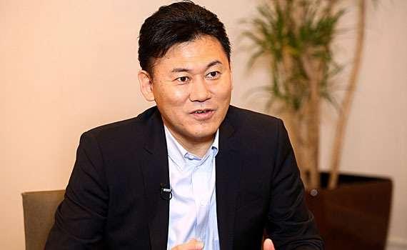 楽天、LCC参入へ エアアジアと出資検討