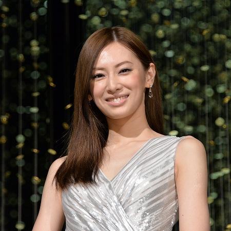 北川景子の「ヘビースモーカー」報道を事務所が否定 - ライブドアニュース
