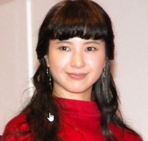 紅白司会に緊張しすぎの吉高由里子、記者にかみつく「うるさいな。頑張っていますよ!」   カラフルニュース