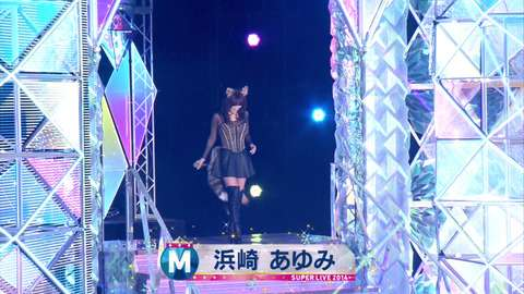Mステ特番で浜崎あゆみがタモリにタメ口…衣装もイタすぎると話題に