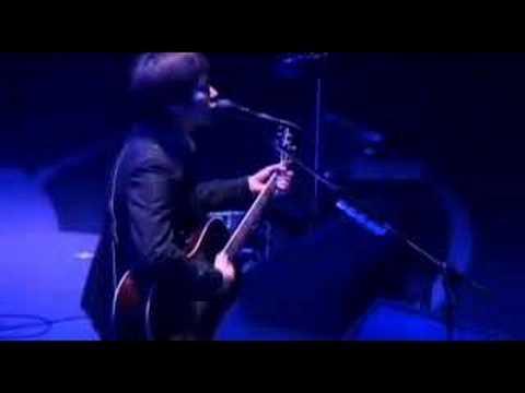 spitz - 夜を驅ける (live)... - YouTube
