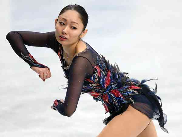 日刊ゲンダイ|ナルシズム加速…安藤美姫に「一緒に滑りたくない」の声噴出