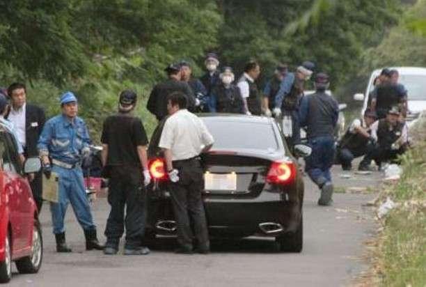 運転中にLINEを操作していた女性、対向車と正面衝突 → 対向車に乗っていた4人死傷