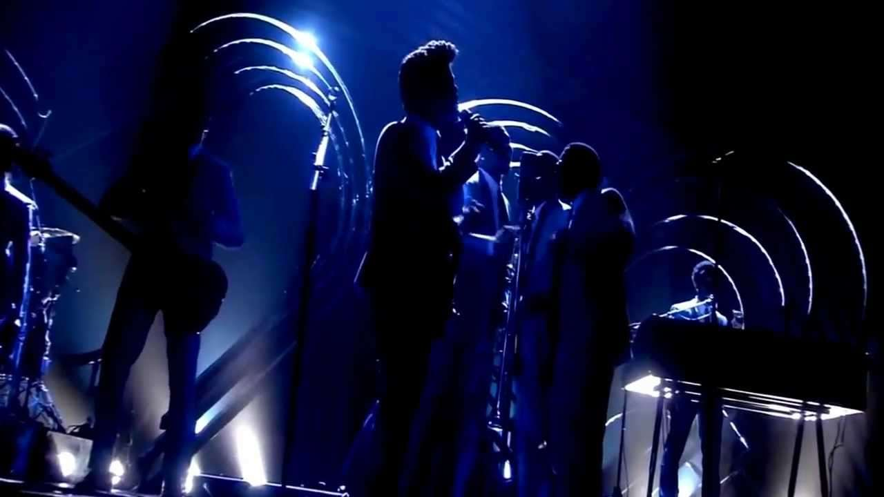 Bruno Mars - Marry You (Live at MTV EMA 2011) - YouTube