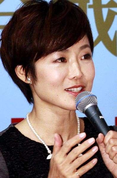 日刊ゲンダイ 管理職に抜擢か NHK有働由美子アナに「あさイチ」降板説