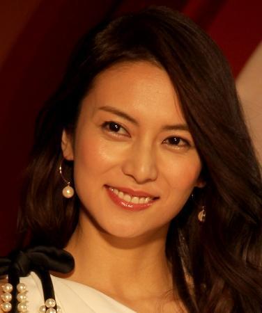 柴咲コウがどアップ画像をインスタグラムに投稿 きれいすぎると話題に - ライブドアニュース