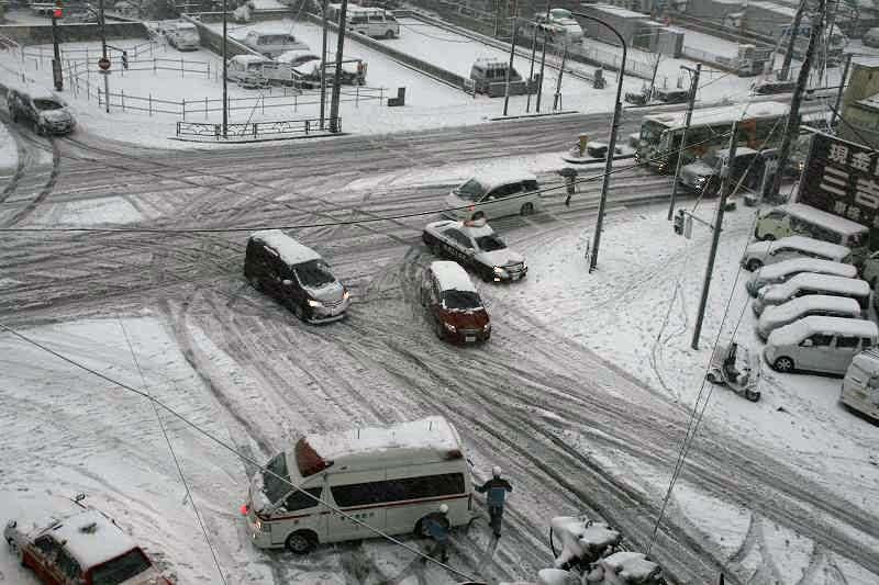 正月三が日はひきこもり?29日から関東平野部でも雪 積雪のおそれも