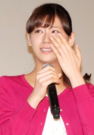 西内まりや、SMAP香取慎吾にいじられ号泣!会場騒然