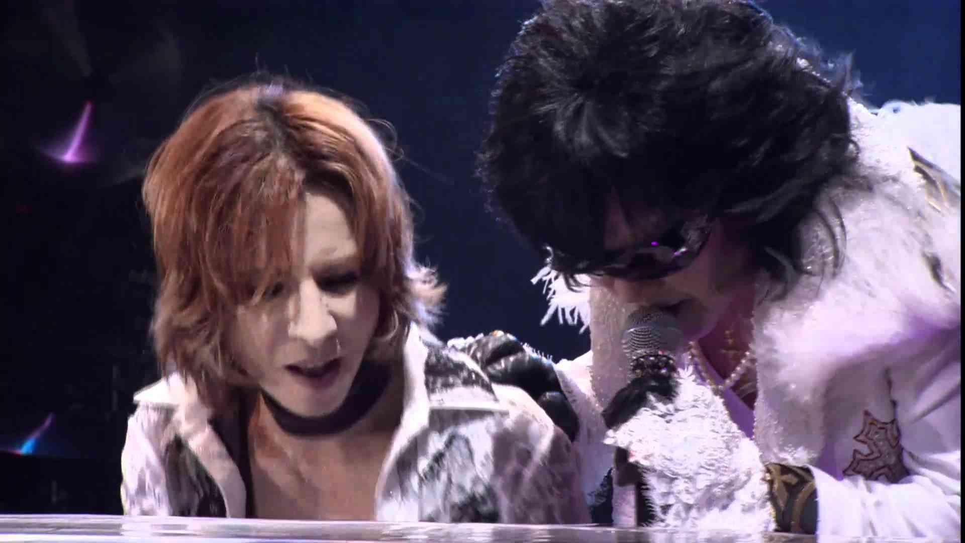 Tears (HD) - 5/12 2010.08.15 X JAPAN WORLD TOUR Live in YOKOHAMA - YouTube