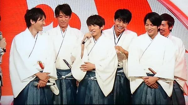 """V6・三宅健、伍代夏子に""""お詫び""""年賀状!「珍しいくらいしっかりしてる」と絶賛"""