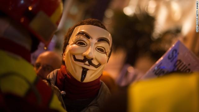 ISIS関連のアカウントが多数ダウン、ハッカー集団の標的に