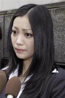 小向美奈子、ASKA愛人・栩内被告の無罪主張に「警察なめんなよ」